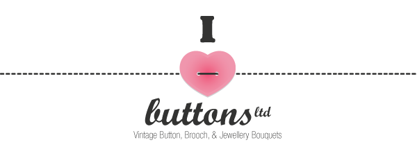 I Heart Buttons Logo